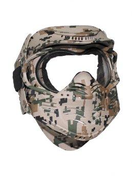 Helme und Masken