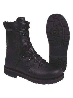 Schuhe, Stiefel & Gamaschen